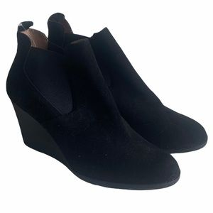 Caslon Black Leather Wedge Booties Size 9